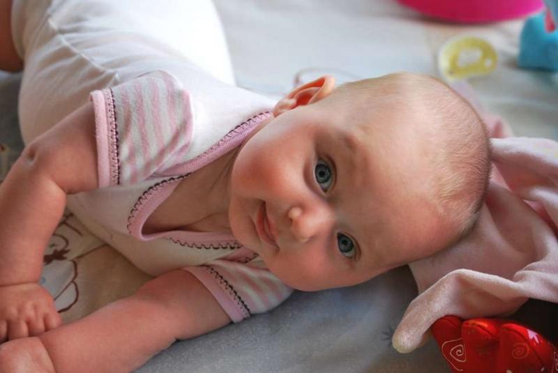 新生儿头上血肿多久能消新生儿头上血肿有哪些表现