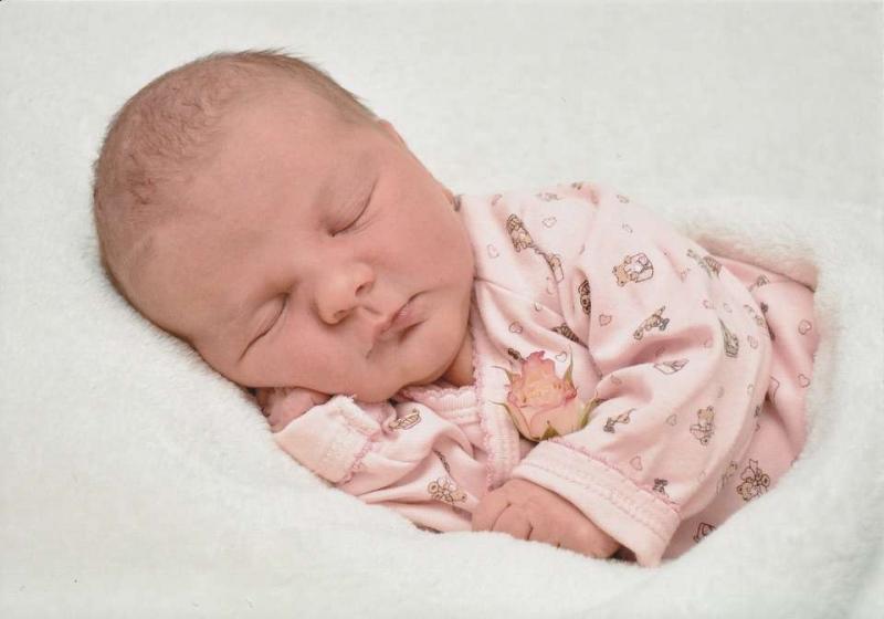 新生儿第一天该注意什么新生宝宝该如何护理